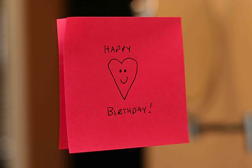 28513 happy birthday sticky note