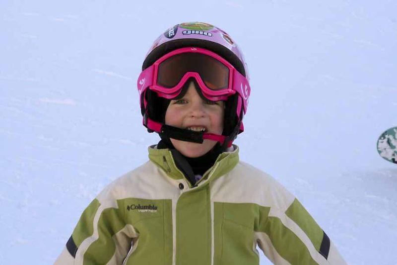 35556 skiing